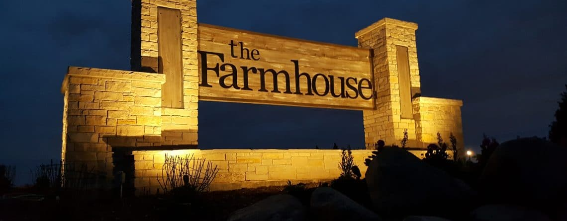 The Farmhouse Plainfield Front Sign